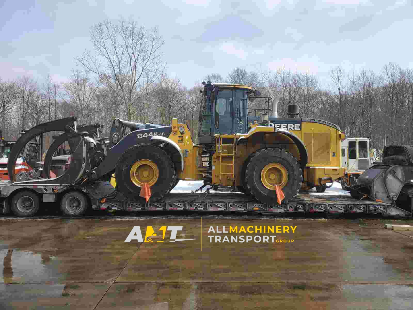 Deere-machinery-transported-from-Twinsburg-Ohio-to-Albuquerque-New-Mexico