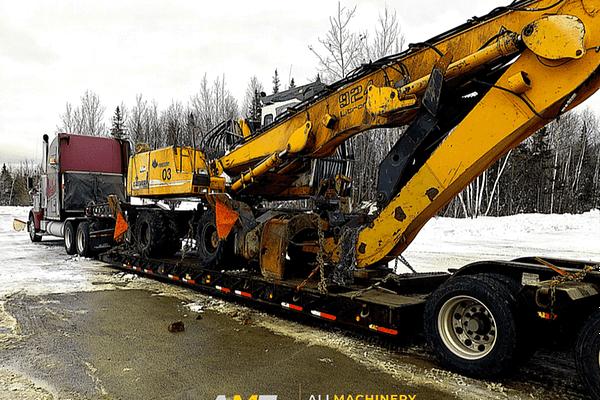 924-Liebherr-beresford-hauling-excavator
